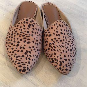 Universal Thread Leopard Mules/Flats size 6.5